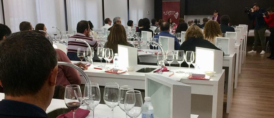 Cata de vino enmarcada en la segunda edición de 'La Cultura del Vino'